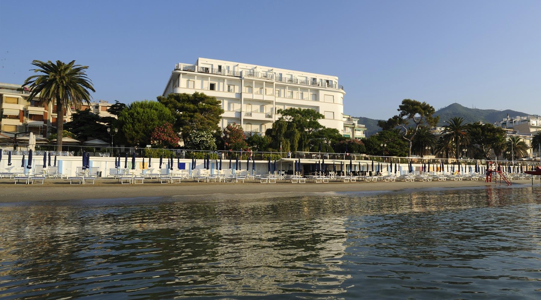 4 Sterne Hotel Am Alassio Italienische Riviera Grand Hotel